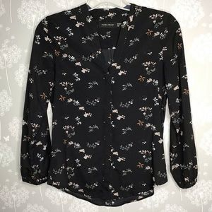 Ivanka Trump Blouse Size Small Black Floral